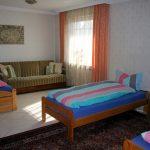freistehende Einzelbetten im 3-Bett-Zimmer